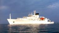 """Die """"USNS Bowditch""""  ist ein Meeresforschungsschiff der amerikanischen Kriegsmarine (Archivbild aus dem Jahr 2002)"""
