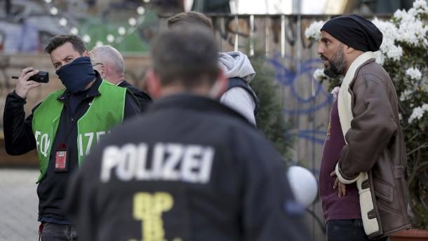 Ermittler gehen bei Angriff auf ZDF-Team von bis zu 25 Tätern aus