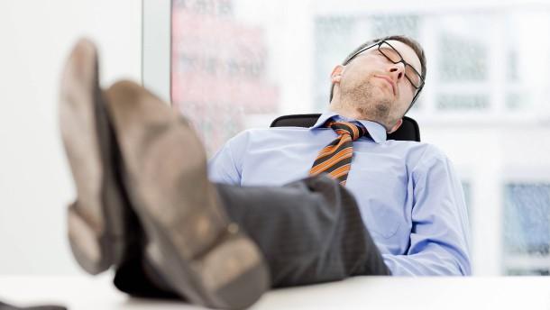 Wie viel Schlaf ist nötig für den Erfolg?