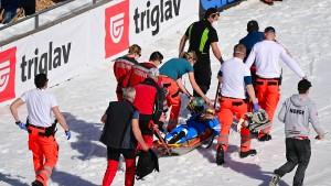 Gestürzter Skispringer Tande soll aus dem Koma geweckt werden