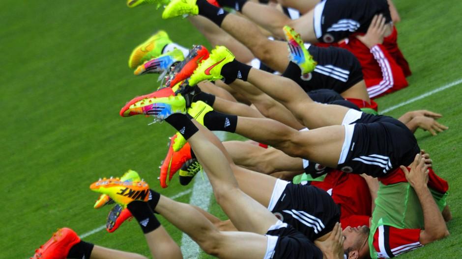 Alles auf den Kopf gestellt: die Qualifikation zur Fußball-EM läuft nach neuen Regeln