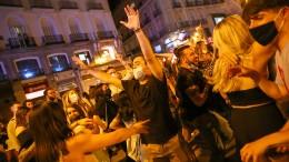 Spanien feiert das Ende des Notstands