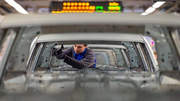 Die Autoproduktion in Deutschland sinkt