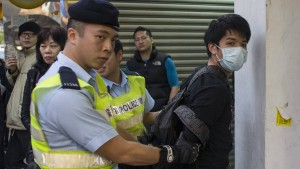 Polizei nimmt 36 Demonstranten fest
