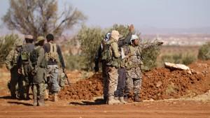 Mindestens 10 türkische Soldaten sterben in Syrien