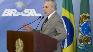 Staatsanwalt stellt 83 Politiker unter Korruptionsverdacht