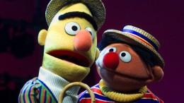 """""""Sesamstraße""""-Autor revidiert Outing von Ernie und Bert"""