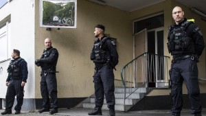 Razzia gegen Clan-Mitglieder wegen Kokainlieferservice