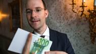 Pit Hartling verzaubert die Finanzwelt