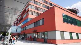 Sana-Klinikum will Mitarbeitern außertarifliche Zulage kürzen