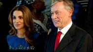 Auf der UN-Bühne in New York: Der ehemalige Bundespräsident Horst Köhler bei den Vereinten Nationen vor der Milleniums-Sitzung neben Königin Rania von Jordanien