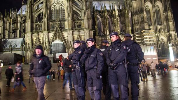"""Köln plant eine """"Schutzzone Dom"""""""