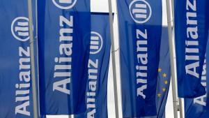 Hat die Allianz arme Riester-Sparer benachteiligt?