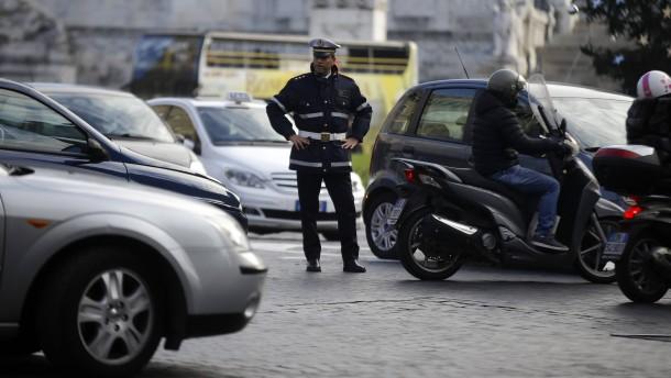 Rom verhängt nur halbherziges Fahrverbot