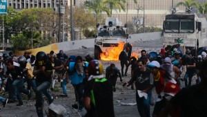 Guaidó will Generalstreik herbeiführen