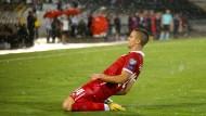 Will auch im Trikot der Eintracht öfter jubeln: Mijat Gacinovic nach seinem Treffer im WM-Qualifikationsspiel für Serbien gegen Moldawien.