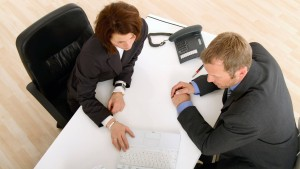Zwingen Banken ihren Kunden Versicherungen auf?