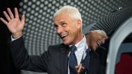 Matthias Müller muss seinen Chef-Posten bei VW räumen. Seine Abfindung dürfte ihn aber freuen.