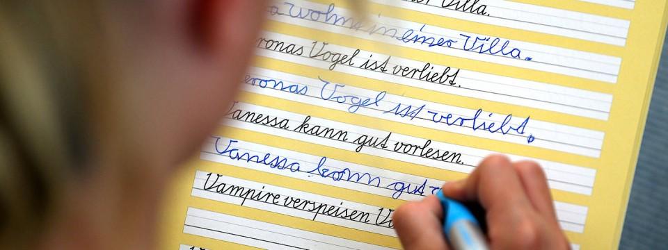 Briefe Mit Der Hand Schreiben : Verluste drohen wenn kinder nicht mehr mit der hand schreiben
