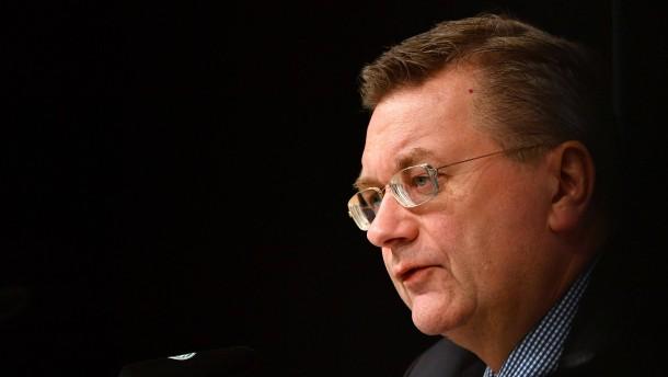 Die Querpässe des DFB-Präsidenten