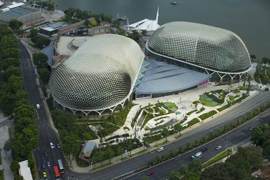 bilderstrecke zu architektur in singapur von ole scheeren christoph ingenhoven und dreiseitl. Black Bedroom Furniture Sets. Home Design Ideas