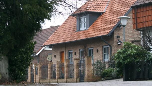 Staatsanwaltschaft durchsucht Wulffs Privathaus in Großburgwedel