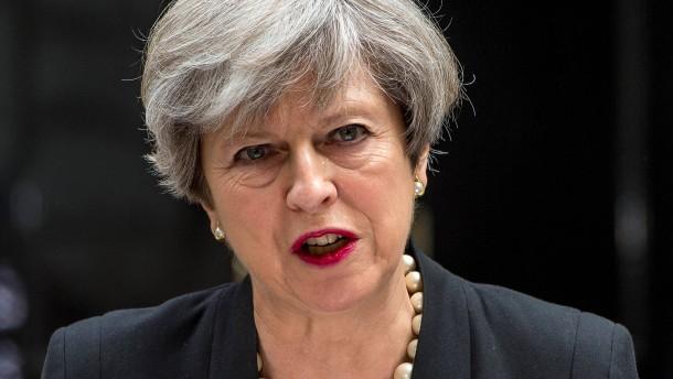 Zügeln Schiedsgerichte Theresa May?