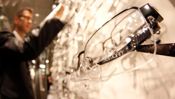 Fielmann-Aktien profitieren vom Brillenverkauf