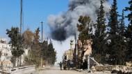 Syrische Oppositionelle unterstützen in Al Bab die türkischen Truppen im Kampf gegen den IS.