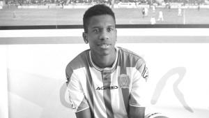 Nationalspieler kollabiert bei Erstligaspiel und stirbt