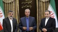 Allen Warnungen zum Trotz: Auf einer Pressekonferenz in Teheran am Sonntag kündigt die iranische Regierung eine höhere Anreicherung von Uran an.