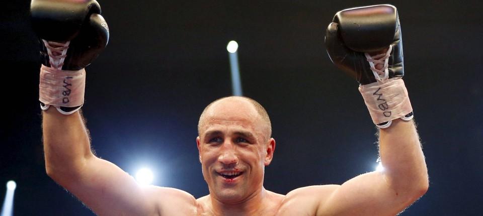 Boxen Weltmeister Abraham Schlägt Stieglitz Nieder Mehr Sport Faz