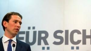 Österreich will Flüchtlinge auf Inseln internieren