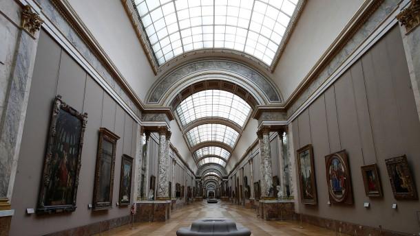 Louvre in Paris nimmt mehr als zwei Millionen Euro bei Versteigerung ein