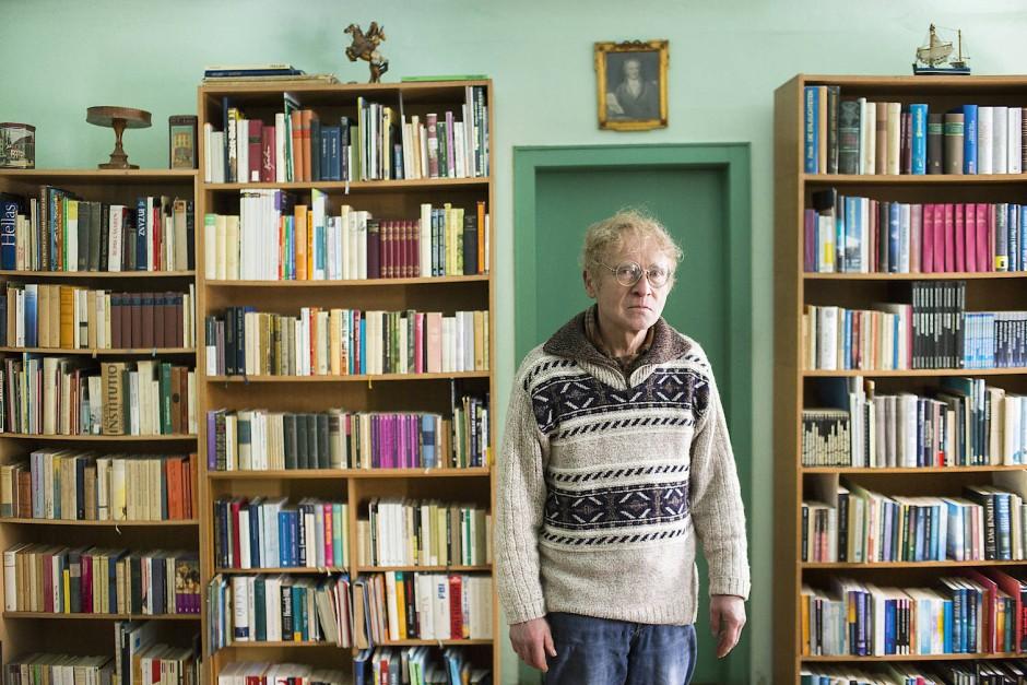 Möhrig-Marothi hat keinen Fernseher, keinen Computer, kein Telefon – aber neun Bücherkammern.