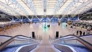 Wenige Passagiere und kaum Betrieb im Januar 2021 am Flughafen Hamburg