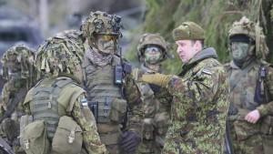 Finnland stockt sein Militär um 50.000 Soldaten auf