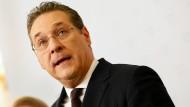 Der FPÖ-Politiker Heinz-Christian Strache am Samstag auf einer Pressekonferenz in Wien