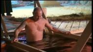 Putin geht ins eisige Wasser