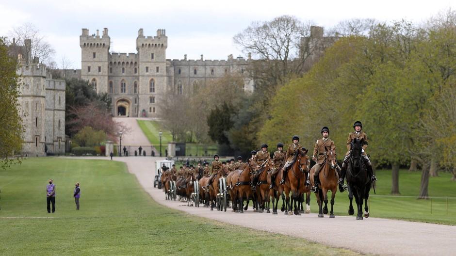 In Windsor: Auch die King's Troop, Royal Horse Artillery, die in der britischen Armee zeremonielle Aufgaben hat, bereitet sich auf die Beisetzung vor.