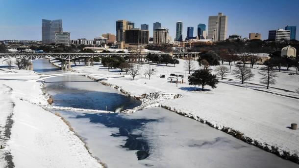 Millionen in Texas wegen Winterwetter ohne Strom