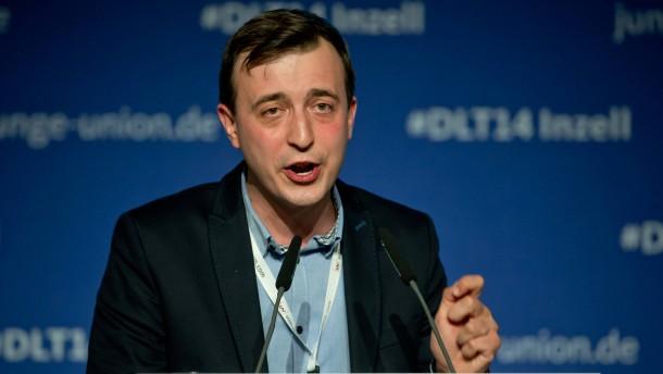 Paul Ziemiak ist neuer Chef der Jungen Union