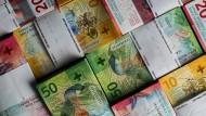 Die 10er-, 20er- und 50er-Note der Neunten Banknotenserie der Schweizerischen Nationalbank.