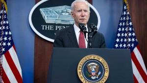 Präsident Biden prüft Ökonomin Lisa Cook
