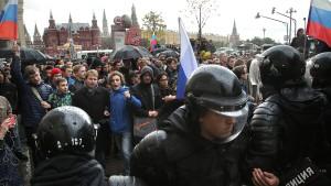 Zahlreiche Festnahmen bei Protesten gegen Putin