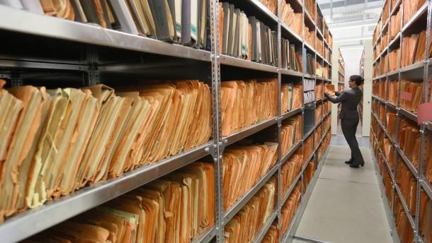 Ex-Chefin gegen Auflösung der Stasi-Unterlagen-Behörde