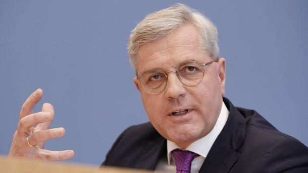 Röttgen will Kanzlerkandidatur noch in diesem Jahr klären