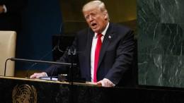 Trump teilt munter aus