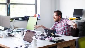 Fintech-Chef entschuldigt sich, will aufklären und mit Kunden grillen