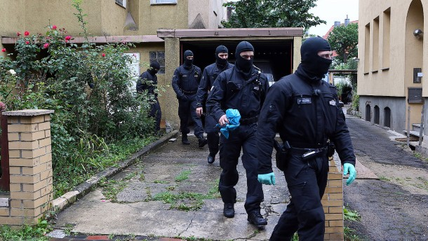 Polizei nimmt mutmaßlichen Islamisten fest